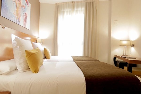 Hotel Puerta de Toledo - фото 20