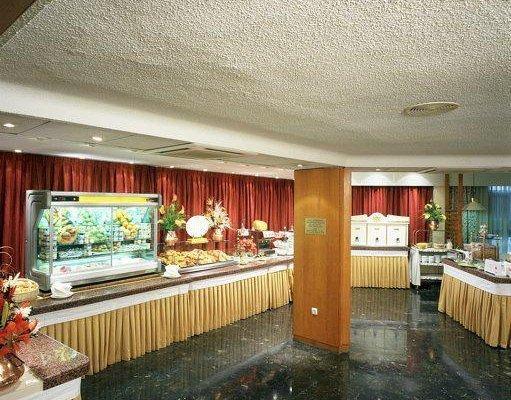 Hotel Puerta de Toledo - фото 15