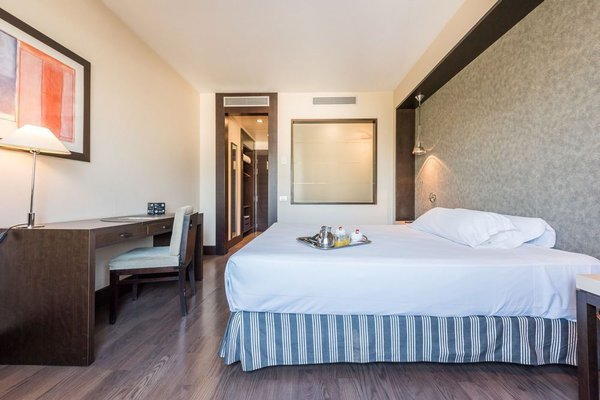 Hotel Mercader - фото 2