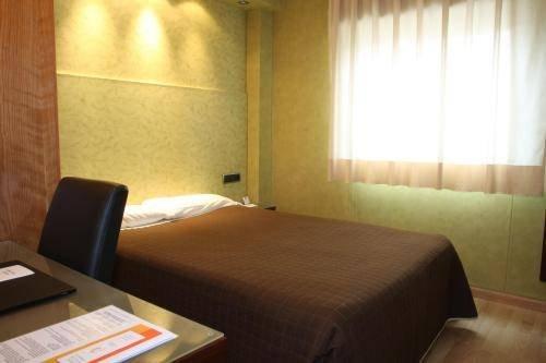 Hotel Villa de Barajas - фото 1