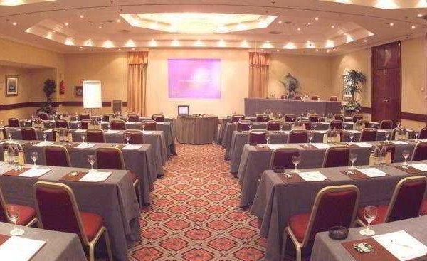 Holiday Inn Madrid Bernabeu - фото 15