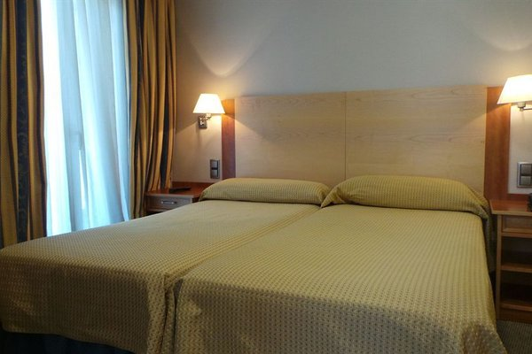 Hotel Mora - фото 1