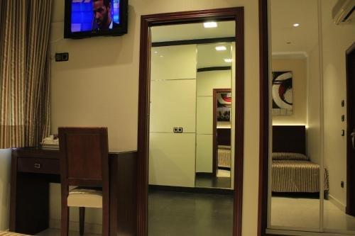 Hostal Atocha Almudena Martin - фото 20