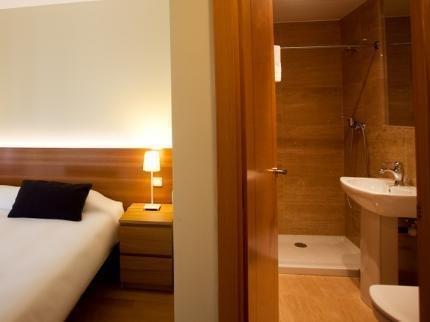 Palafox Central Suites - фото 16