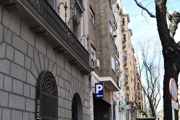 Apartamentos Arguelles - фото 1