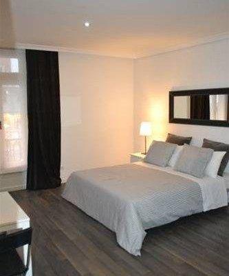 Room Gran Via Apartments - фото 22