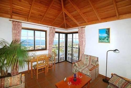 Apartamentos la Hacienda el Rancho - фото 5