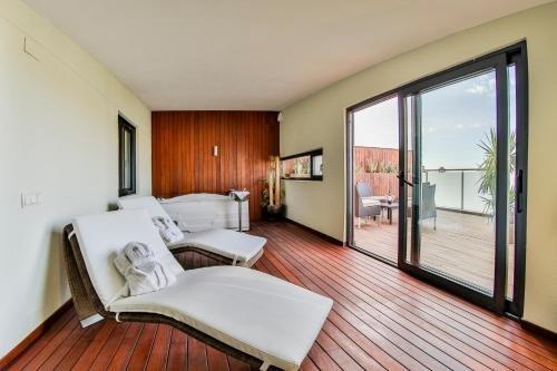 Hotel 525 - фото 1