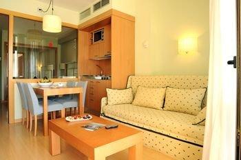 Evenia Olympic Suites - фото 3