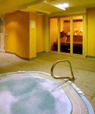 Evenia Olympic Suites - фото 7