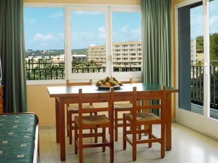 Apartaments Condado - фото 9