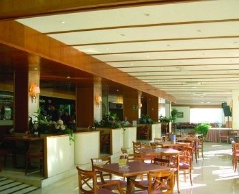 Hotel Gran Garbi - фото 8