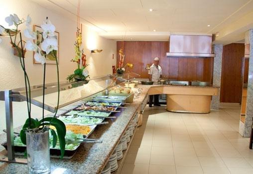Hotel Garbi Park - фото 8