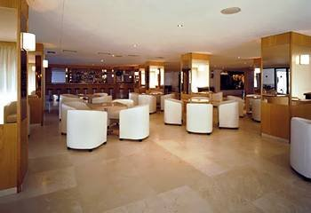 Hotel Garbi Park - фото 9