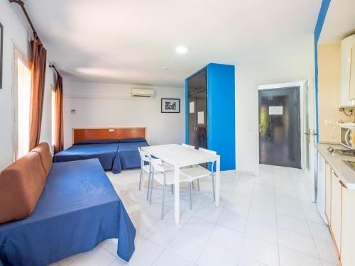 Apartaments AR Monjardi - фото 3