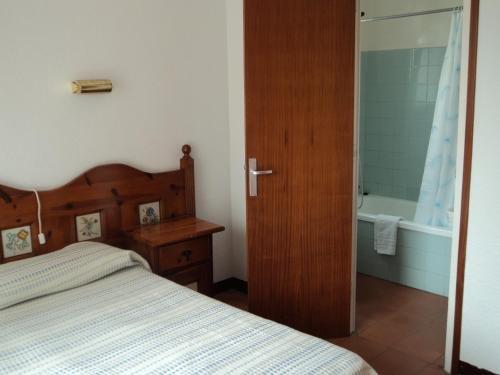 Hotel Caleta - фото 3