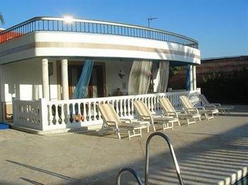 Hotel Majaravique Sevilla - фото 13