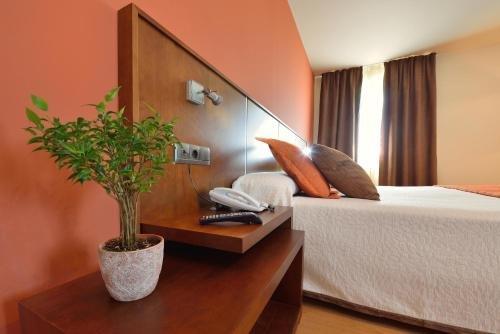 Hotel Spa Norat Torre Do Deza - фото 1