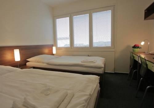 Hotel Mazanka - фото 1