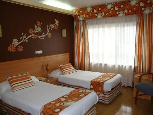 Hotel Almirante - фото 40