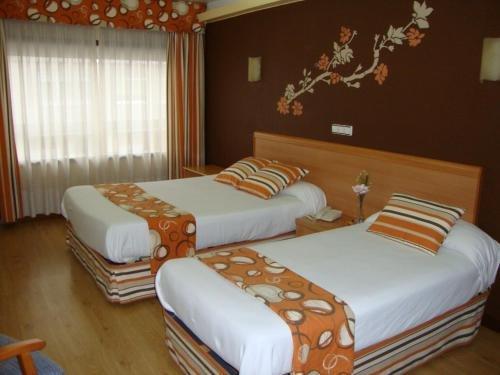 Hotel Almirante - фото 4