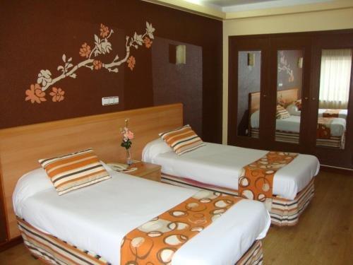 Hotel Almirante - фото 9