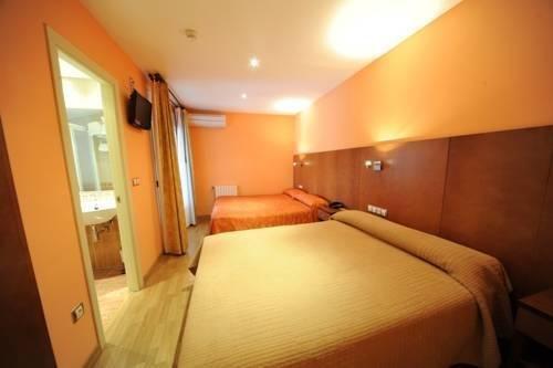 Гостиница «Somport», Хака