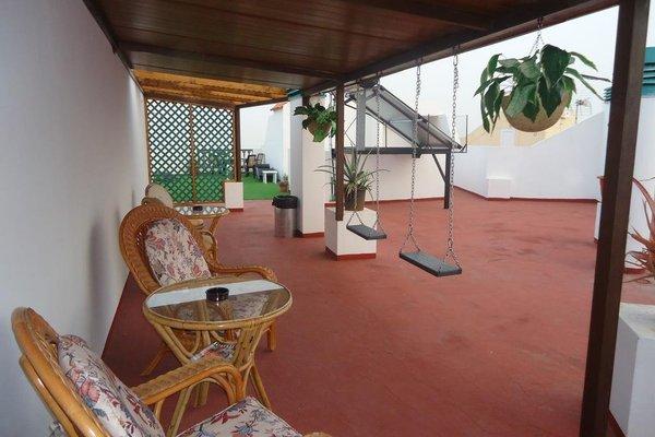 Apartamentos La Fonda - фото 10