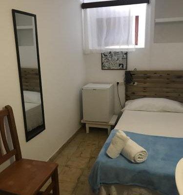 Casa de Huespedes la Pena - фото 12
