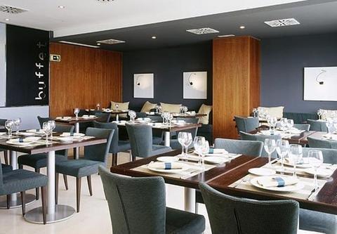 AC Hotel Huelva, a Marriott Lifestyle Hotel - фото 12