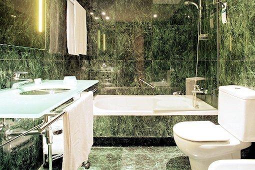 AC Hotel Huelva, a Marriott Lifestyle Hotel - фото 7