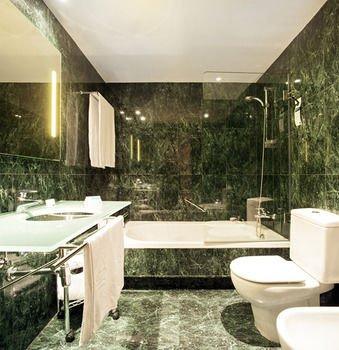 AC Hotel Huelva, a Marriott Lifestyle Hotel - фото 8