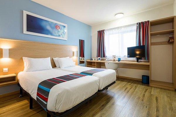 Travelodge L'Hospitalet - фото 2