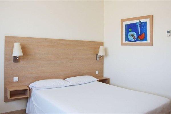 Travelodge L'Hospitalet - фото 4