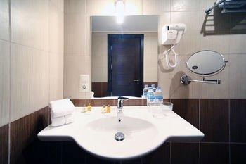 Отель Tskaltubo Plaza - фото 6