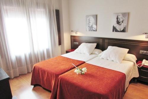 Apartamentos Turisticos Las Nieves - фото 3