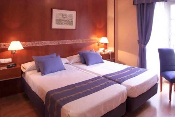 Dauro Hotel - фото 1