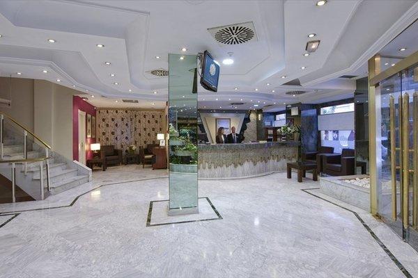 Hotel Corona de Granada - фото 4