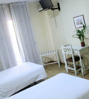 Hotel Los Jeronimos y Terraza Monasterio - фото 12