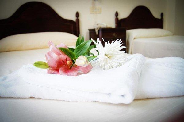 Hotel Los Jeronimos y Terraza Monasterio - фото 2