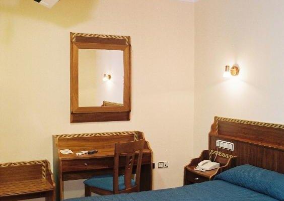 Hotel Los Jeronimos y Terraza Monasterio - фото 3