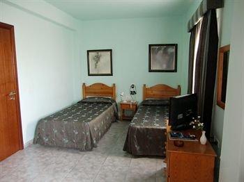Apartamentos Puerta Real - фото 50