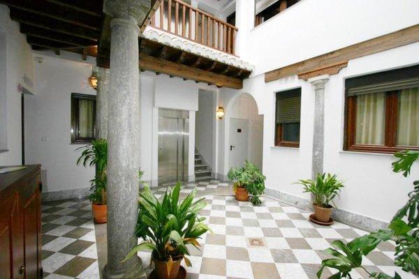 Al-Andalus Apartments - фото 20