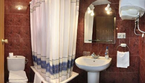 Barbieri Granada Hostel - фото 15