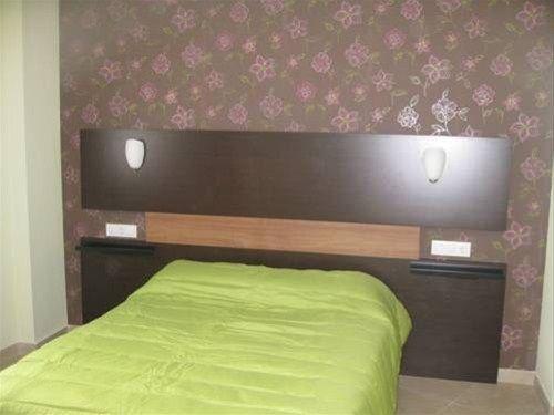 Apartamentos Medina Reyes Catolicos - фото 3