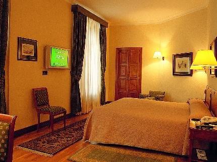 Hotel Hernan Cortes - фото 1