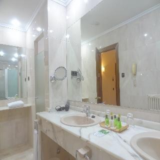 Hotel Hernan Cortes - фото 10