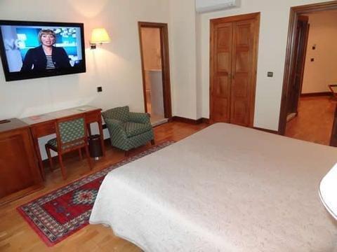 Hotel Hernan Cortes - фото 3
