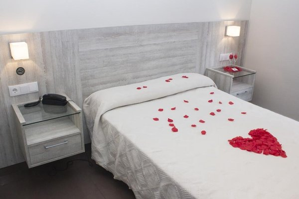 Hotel Playa Poniente - фото 2
