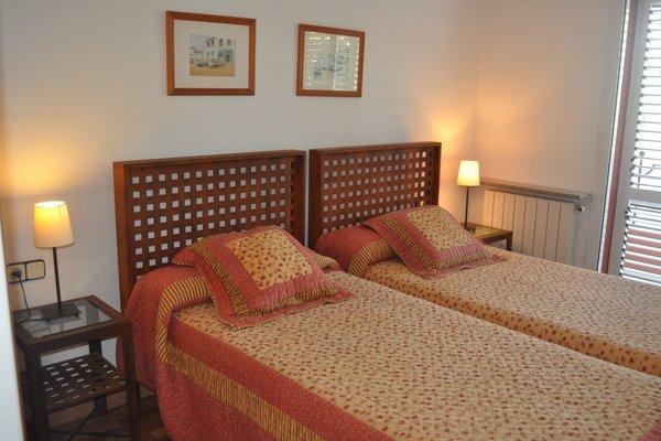 Girona Apartments - фото 2